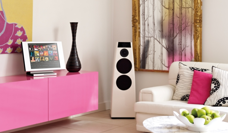 dsp5200white-pinkroom-corner-small