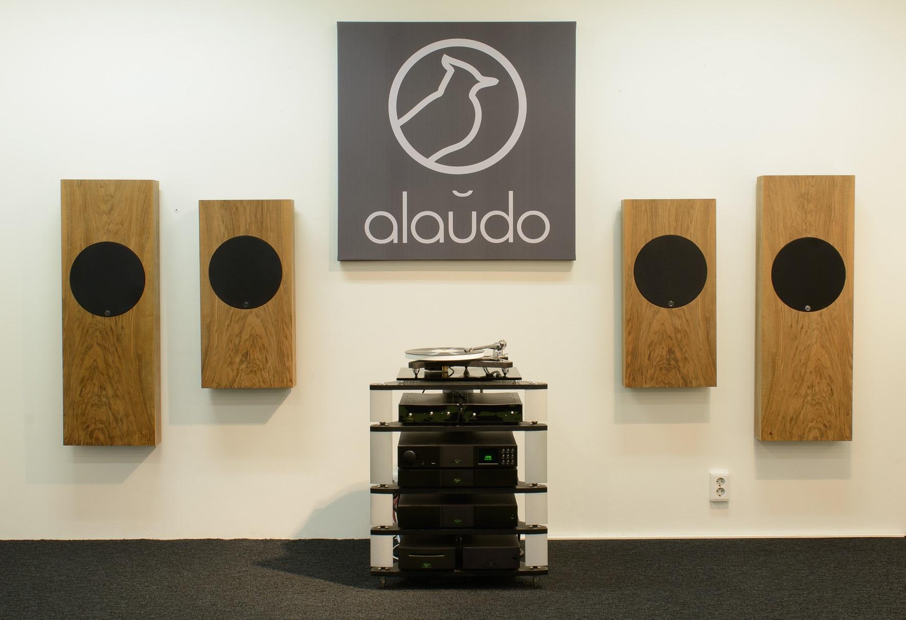 alaudo-wall